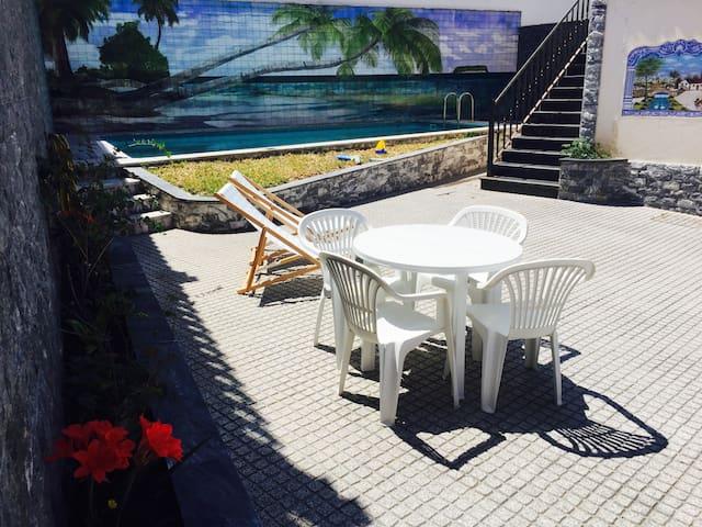 Blue House with swimming pool - Ribamar (Ericeira) - Santo Isidoro