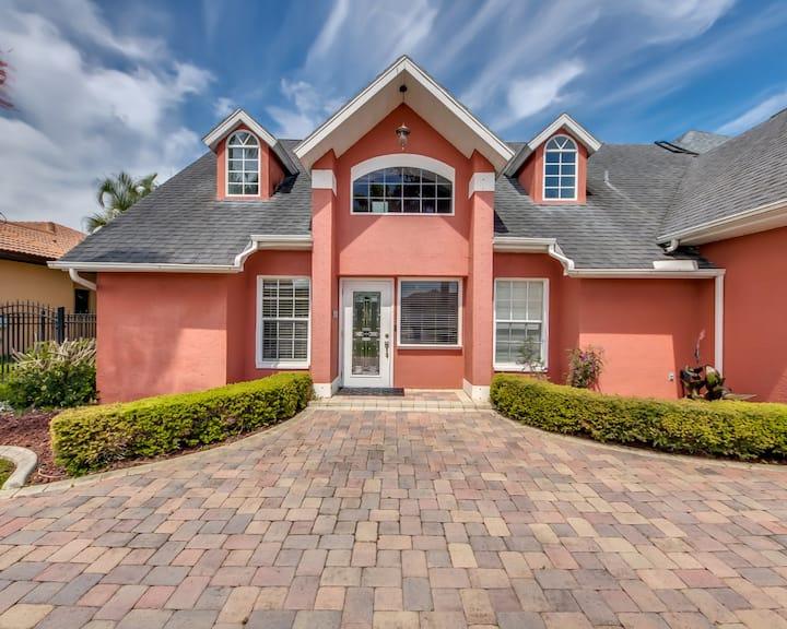 Villa Aurelia -Beautiful Gulf access pool home