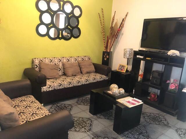 ¡Excelente casa completa en Guadalajara!