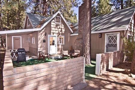Lakeside Lodge-Steps to Lake Tahoe
