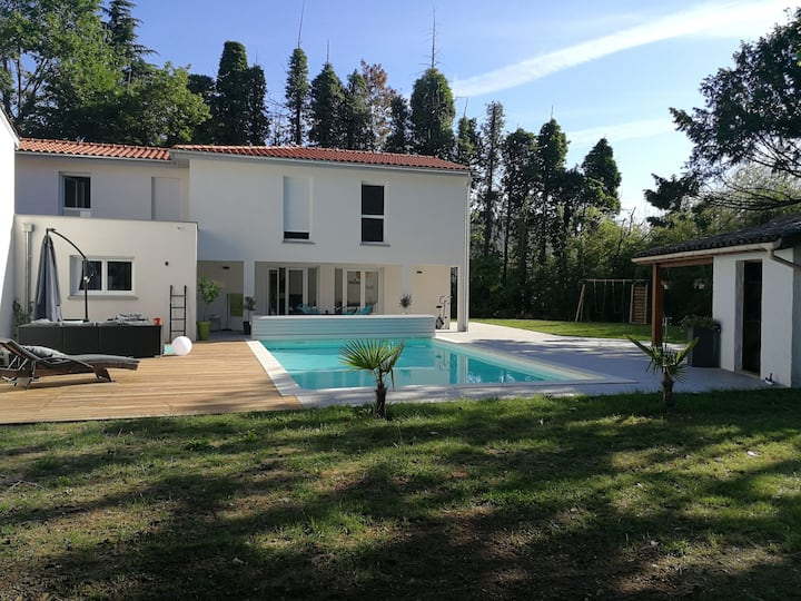 Maison au pied du Beaujolais