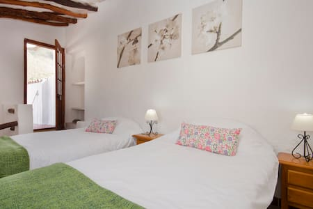 Casa Lola - 2 bedrooms, charming - Rubite