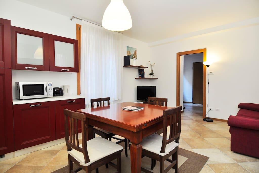 kitchen table + entrance door