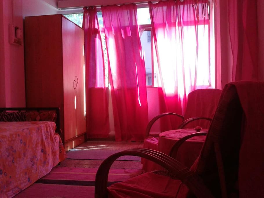Your PINk ROOM...
