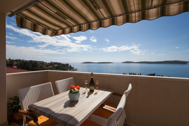Million dollar view apartment Hvar Top Location