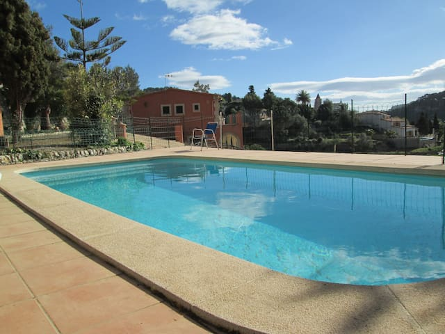 Beautiful Villa w/swimmingpool - Puigpunyent - Casa de campo