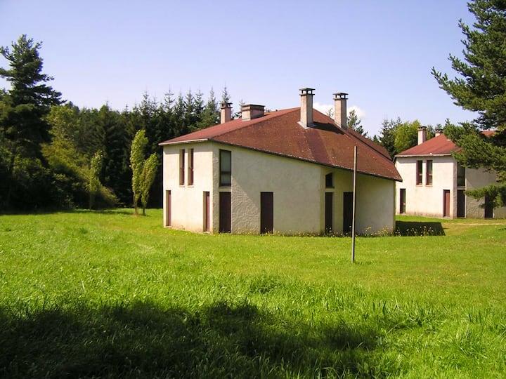 House in La Chapelle-Geneste