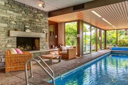Guestroom mit Pool, Sauna und Kamin!