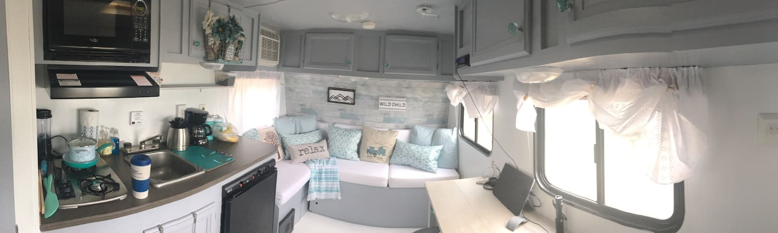 Chic mini-camper near OU - tiny-house style! - Norman