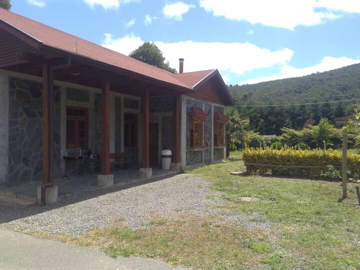 Estación Lanalhue , Cabañas & Restaurant (Cabaña2)
