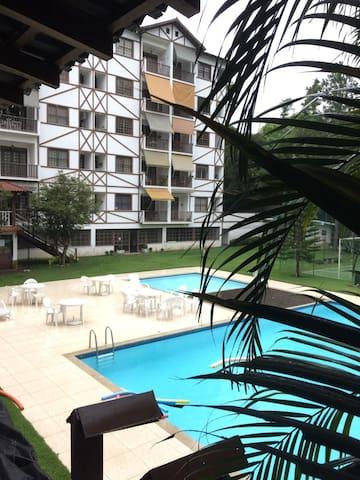 Itaipava, Petrópolis. 2 quartos. - Itaipava - Apartament