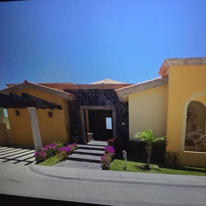 Villa front entrance