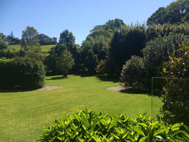 Gecko Cottage Byron Bay - Bluesfest & Easter !! - Ewingsdale - Apartment