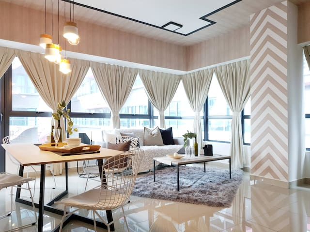 Arte Plus 2BR Designer Suite Near KL City Centre