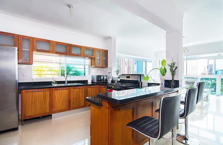 Luxury Condo in a Great Neiborhood Santo Domingo. - Santo Domingo - Condominium