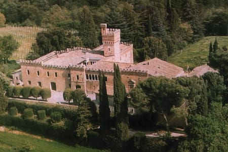 Dream Castle in gorgeous farm of Tuscany.2Pools - Sarteano