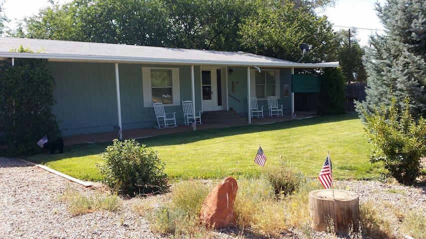 Dove Call Cottage - Fredonia, Az. and Kanab, Ut.