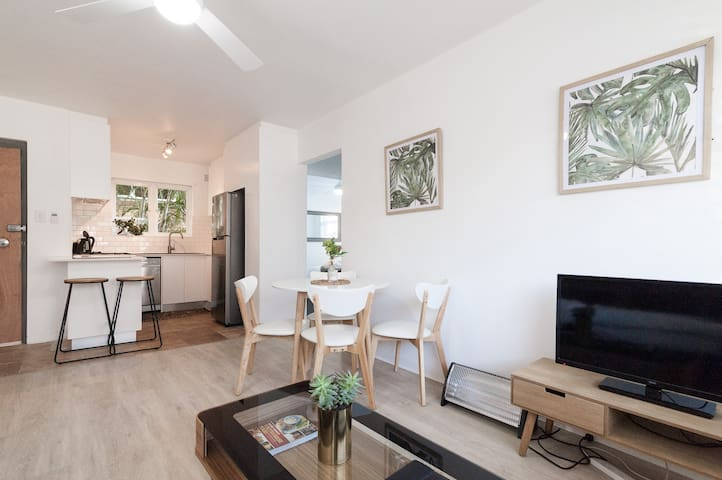 ISOLATION Discount - Freshwater Beach Apartment