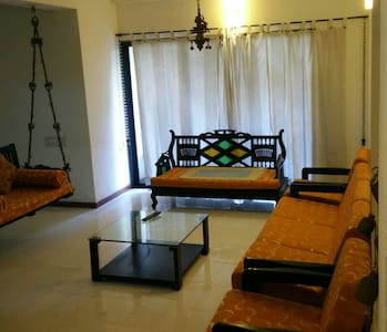 Retreat - Ahmedabad - Apartment