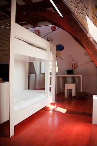 Chambre étage quadruple - 4 lits simples