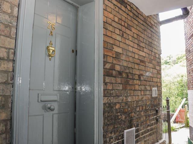 Grays Townhouse - elegant accommodation