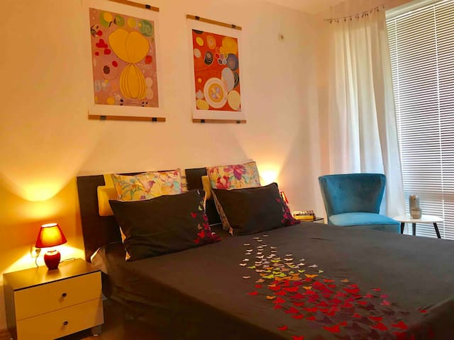 Nice and cosy apartment, 30 meters from the sea