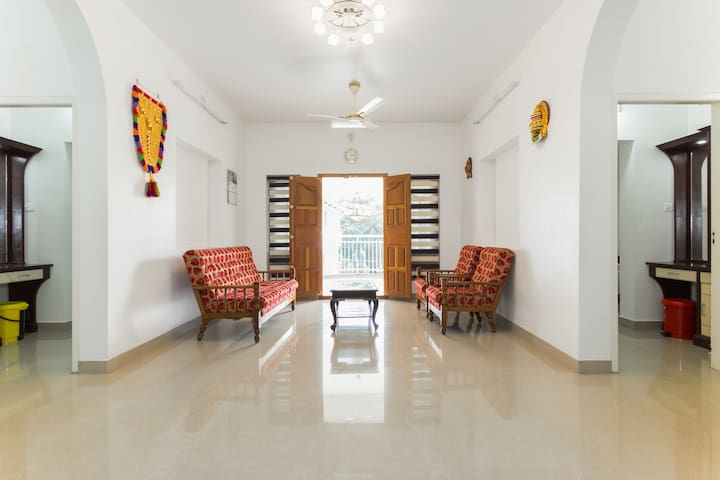 Two rooms modern Home near Athirappily - Kerala - House