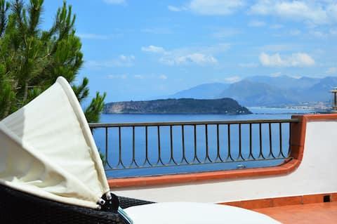 Villa Ladia tra cielo e mare