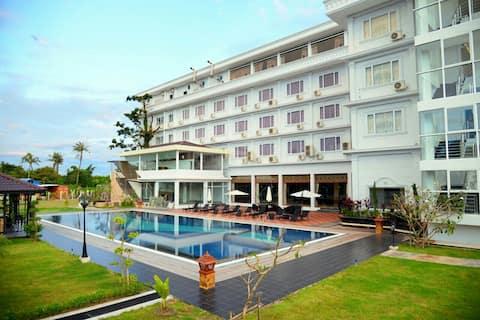 Royal Hinthar Hotel,Mawlamyine,Myanmar