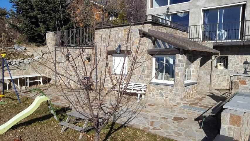 Studio avec jardin privatif  à Font-Romeu