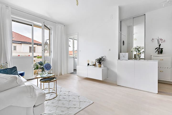 Modern and fresh apartment in the city