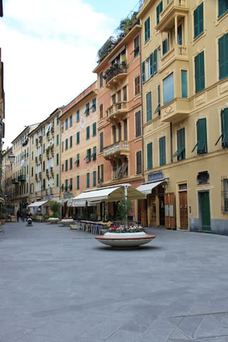 Charming Pedestrian Streets with Outdoor Cafes