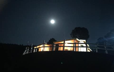 Kanta's Wooden Cottage 1