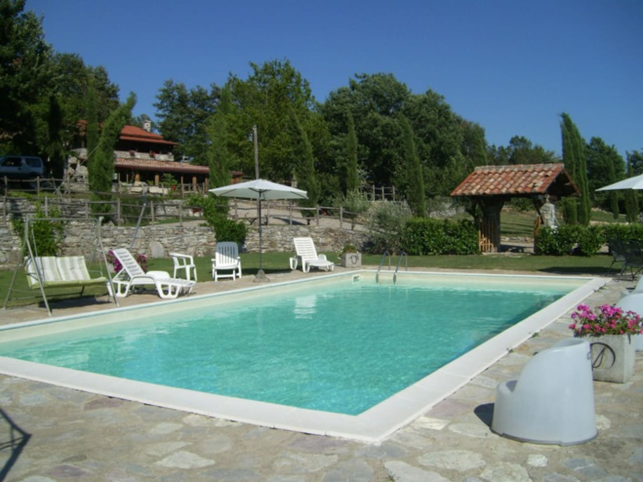 La Contea Degli Angeli agriturismo with swimming pool