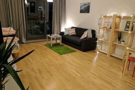 Studio Flat 52m2 - Balcony+Parking - Prag