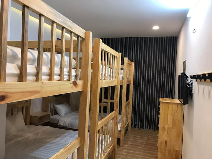 XÓM BIỂN HOMESTAY - Phòng tập thể (dormitory 101)