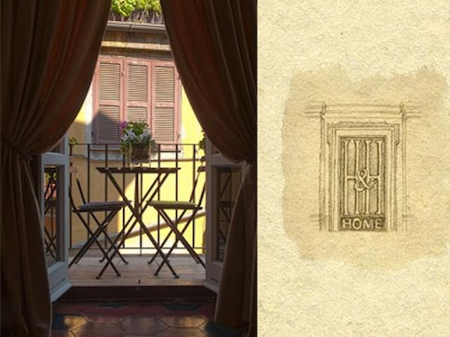Piazza di Spagna Appartment with 2 Personal Bikes! - Roma - Leilighet