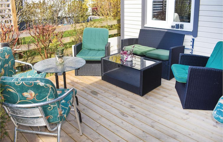 Holiday cottage with 1 bedroom on 35m² in Falkenberg