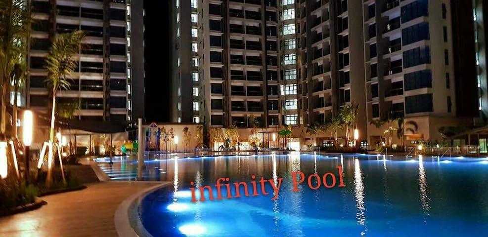 Atlantis/Pool View/Jonker Walk/Melaka/WiFi/4-6Pax