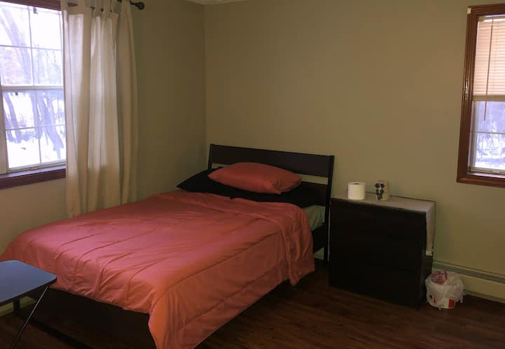 Private Room | Large | Cozy | Close to Boston |
