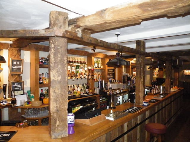 The Countryman Inn - Family Room - Bournemouth