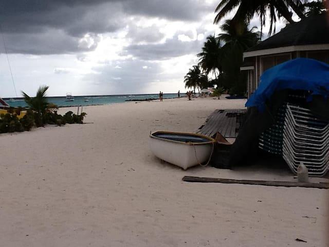 Barbados Prime Modern Paradise 2 - Oistins - Lägenhet