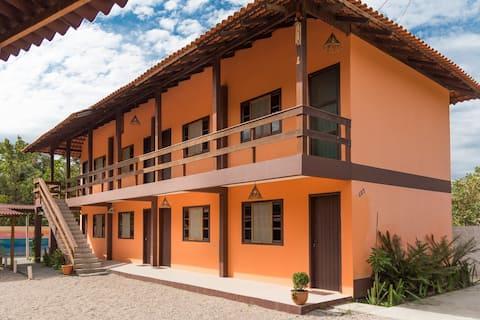 Residencial à 500 m da praia Mariscal em Bombinhas