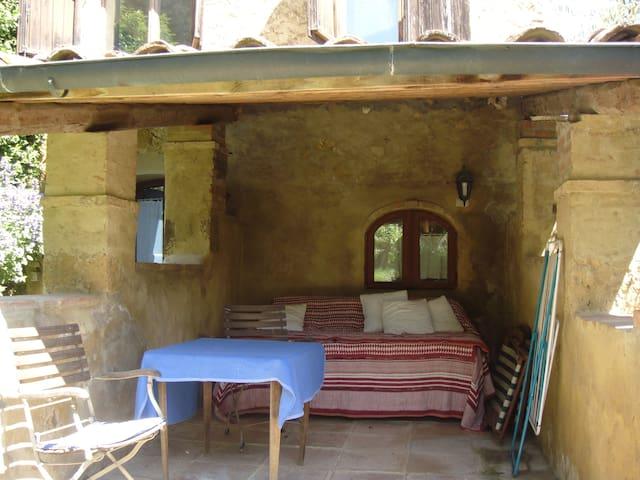 The Loggia's Patio-Sun deck - Terrasse de La Loggia