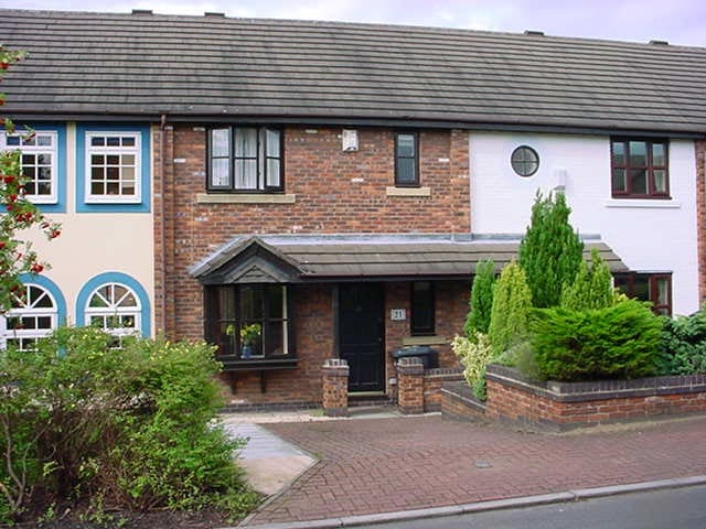 Cosy Mews House in Lymm - Great Location