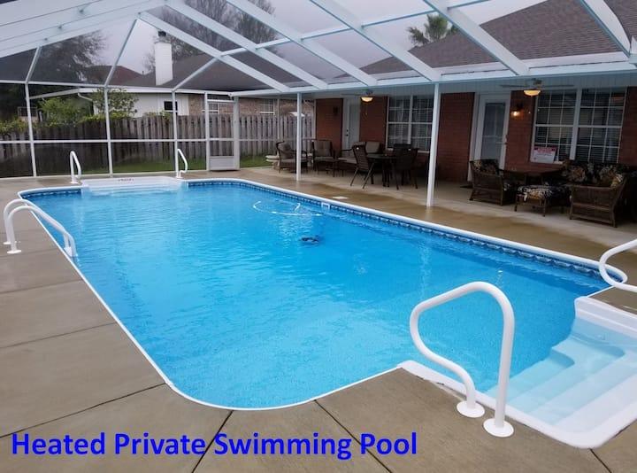 Spacious 3000 sf Luxury Pool Home near the Beach