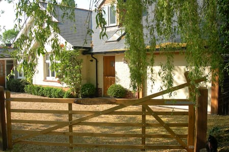 Comfortable Base in New Forest - Bransgore