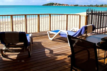 Gorgeous Beachfront Townhouse  - Philipsburg