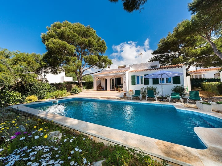 Nice Villa close to the beach, Menorca, Binibeca