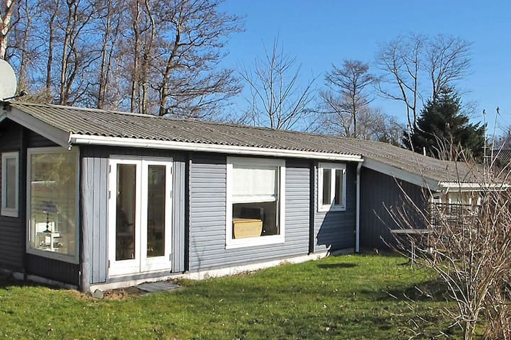 Ideal Holiday Home in Stege near the Sea